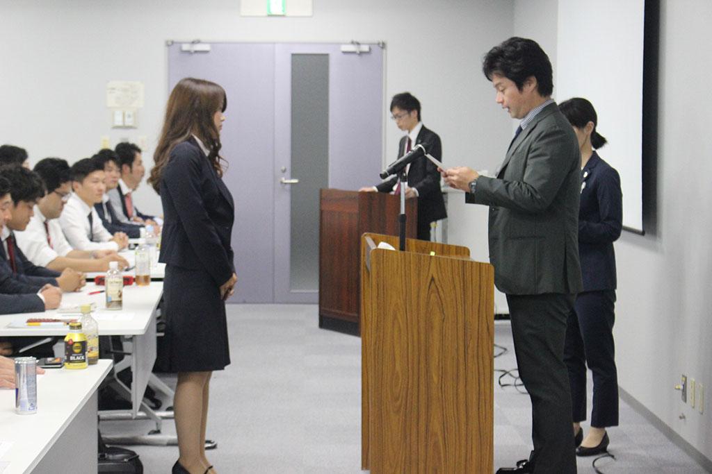 7月2日開催 全体会議 昇格時辞令交付の様子01